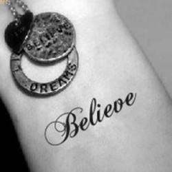 tatouage-ecriture-believe