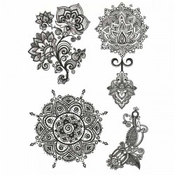 tatouage-mandala-et-fleur-de-dentelle