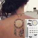 Tatouage bijou éphémère métallique attrape rêves, plume et graphique