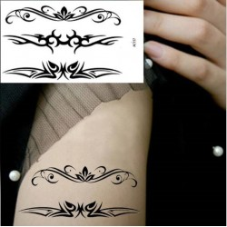 Tatouage ephemere tribal noir