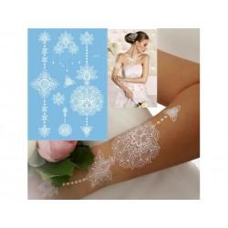 tatouage-temporaire-dentelle-fleurs-de-henne-blanc