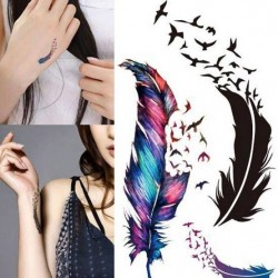 Tatouage-ephemere-plume-colorée-et-oiseaux