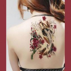 Tatouage ephemere carpe KoÏ et fleur