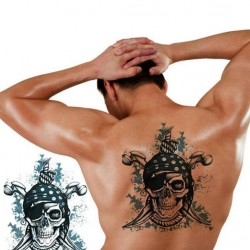 Tatouage-ephemere-pirate-tete-de-mort