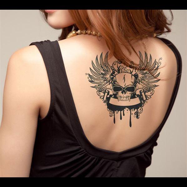 tatouage ephemere tatouage temporaire t te de mort vampire. Black Bedroom Furniture Sets. Home Design Ideas