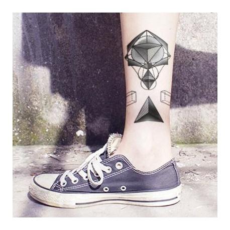 Tatouage-temporaire-triangle-pointillisme