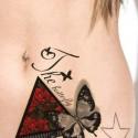 Tatouage temporaire papillons, roses et lettrage
