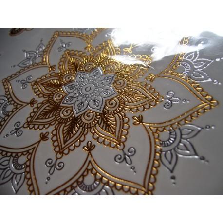Tatouage ephemere doré et argent fleur de vie et écriture