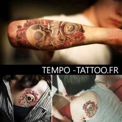 tatouage-temporaire-crane-et-roses-rouges